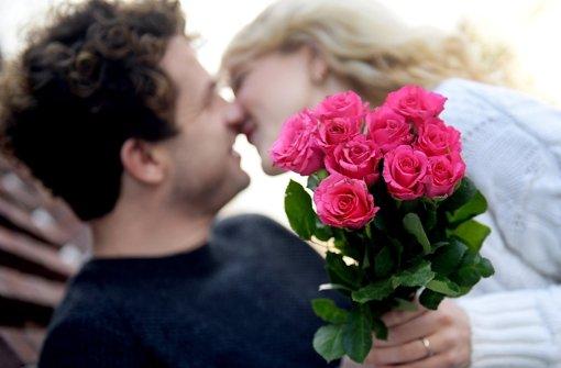 Ein wichtiger Faktor für Glück: Gelingende zwischenmenschliche Beziehungen. Foto: dpa