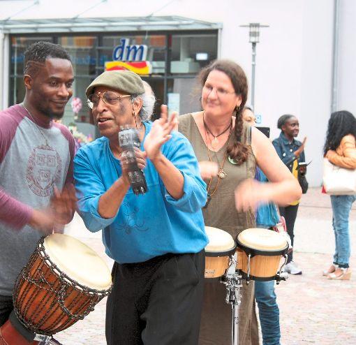 Jayantha Gomes (rechts) in Aktion.   Foto: Tröger Foto: Schwarzwälder-Bote