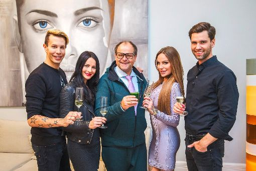 Von links: Florian Wess, Nicole Mieth, Markus Majowski, Gina-Lisa Lohfink und Alexander Honey Keen. Foto: VOX/Bernd-Michael Maurer