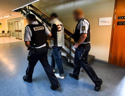 Der Angeklagte hat eingeräumt, die Mutter des Kindes unter Druck gesetzt zu haben.  Foto: dpa/Seeger