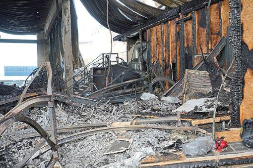 Die Ursache für den Brand in Binsdorf ist weiter unklar. Foto: Engelhardt