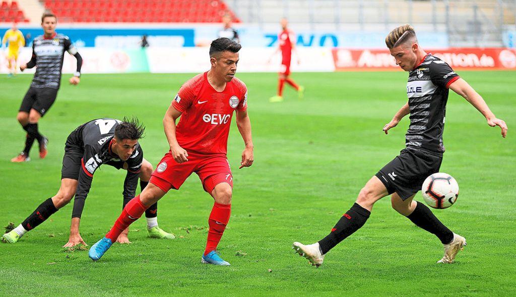 Fussball Tsg Serie Reisst In Offenbach Fussball