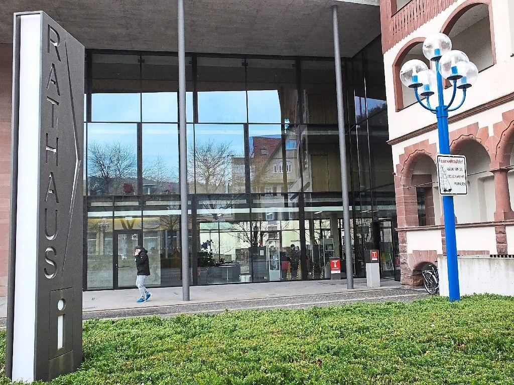 Jetzt können Bürger von Bad Liebenzell über ihr Handy direkt mit der Stadtverwaltung kommunizieren. Foto: Stocker