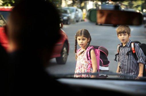Die Polizei beruhigt: In Bitz wurden in den vergangenen Tagen keine Kinder angesprochen. Der Verdacht wurde entkräftet.(Symbolfoto) Foto: dpa