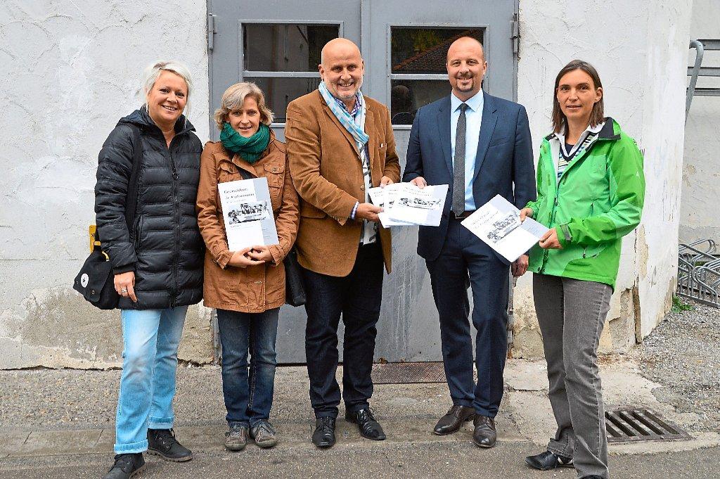 hechingen gambro spendet 1000 deutschb cher f r