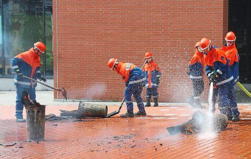 Mülleimer, die brennen, wollen gelöscht werden. Foto: Schwarzwälder Bote