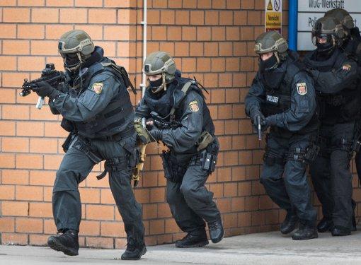 Beim Großeinsatz der Polizei in Triberg waren auch Spezialkräfte vor Ort. Foto: Symbolfoto: Rumpenhorst