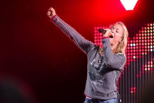 Michelle begeisterte ihre Fans. Bei neuen und alten Hits und mit ihrer Energie wusste sie das Publikum mitzureißen.  Foto: Deregowski