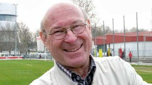 <b>Waldemar Vogel</b> aus Stuttgart: Ich brauche nur zehn Minuten zum VfB-Gelände. - media.media.53bb4a29-7044-4bc8-868f-aad067677b65.16x9_300