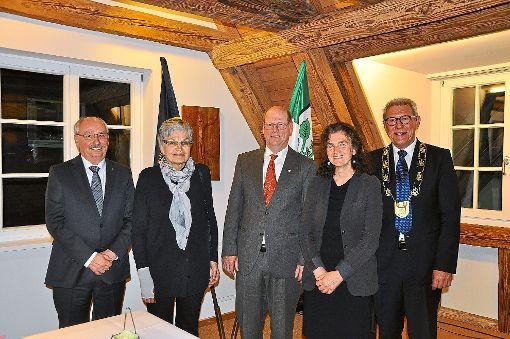 Sören und Christel Fuß (von links), Herbert und Luzia Himmelsbach sowie Bürgermeister Heinz Winkler    Foto: Kleinberger