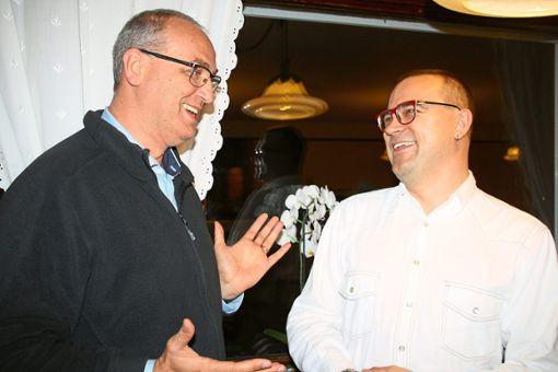 Im Gespräch: EU-Kandidat Jerome Brunelle (links) und SPD-Ortvorsitzender Marius Thoy.   Foto: SPD Foto: Schwarzwälder Bote