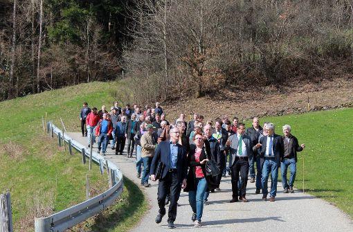 Zur Kreisversammlung des BLHV waren Vertreter aus der Politik und Landwirtschaft nach Hausach gekommen. Foto: Störr