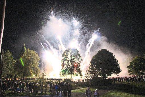 Mit einer emotionalen Abschlussfeier und einem fulminanten Abendprogramm verabschiedete sich das Team der Gartenschau Bad Herrenalb 2017 am Sonntag von den begeisterten Besuchern. Foto: Gartenschau Bad Herrenalb 2017