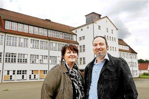 Carmen und Nick Trewin sind die Eigentümer des ehemaligen E.G.O.-Geländes. Sie haben es in der Hand, wie es einmal genutzt werden kann.    Foto: Maier