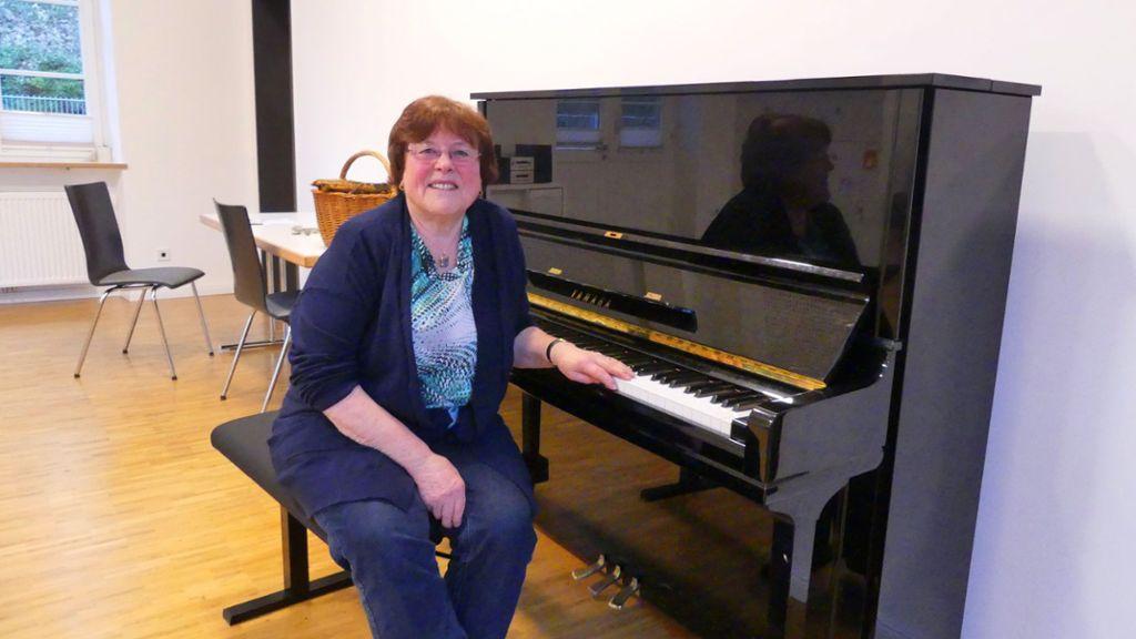 Klavierlehrerin Fickt Zwei Ihrer Schüler