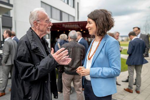 Oberbürgermeister-Kandidatin Dorothee Eisenlohr im Gespräch Foto: Schwarzwälder Bote