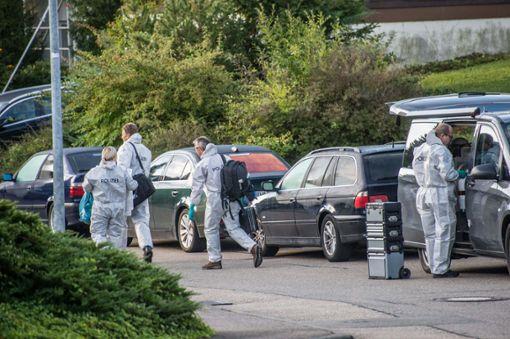 Die Spurensicherung am Tatort in Villingendorf nimmt mehrere Tage in Anspruch.  Foto: Friebe