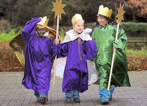 Alle Jahre wieder um den Dreikönigstag machen sich die Sternsinger auf den Weg. Foto: Thissen