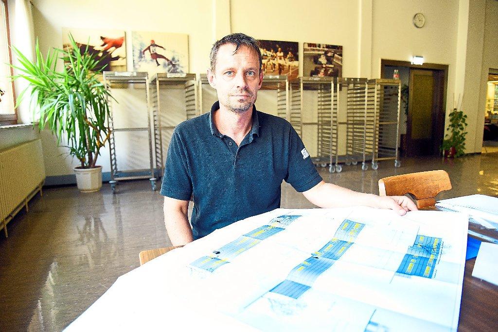 Alexander pflugbeil geschäftsführer von fischer catering muss die angestammten räume in der geißhalde im kommenden