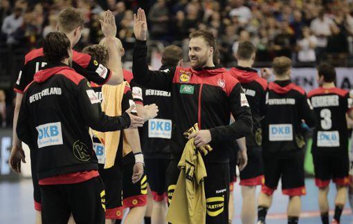 Deutschlands Team jubelt nach dem Spiel. Foto: Soeren Stache/dpa