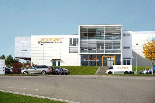 Die Hechinger Medizintechnik-Firma Jotec im Gewerbegebiet Lotzenäcker wurde von einem US-Unternehmen übernommen. Die Marke Jotec bleibt erhalten, der Hechinger Standort soll mittelfristig ausgebaut werden.  Foto: Stopper