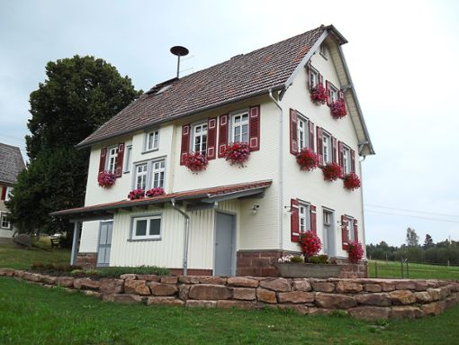 Das alte Rathaus Gaugenwald wurde mit Hilfe der LEADER-Fördermittel zu einer soziokulturellen Begegnungsstätte umgenutzt  Foto: Verein Gaugenwald Foto: Schwarzwälder Bote