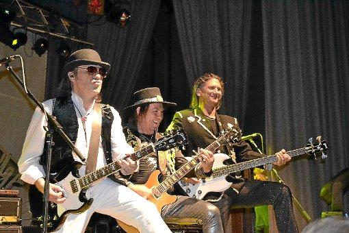 Überhaupt nicht in die Jahre gekommen ist die Rocklegende Slade.   Fotos: privat Foto: Schwarzwälder-Bote