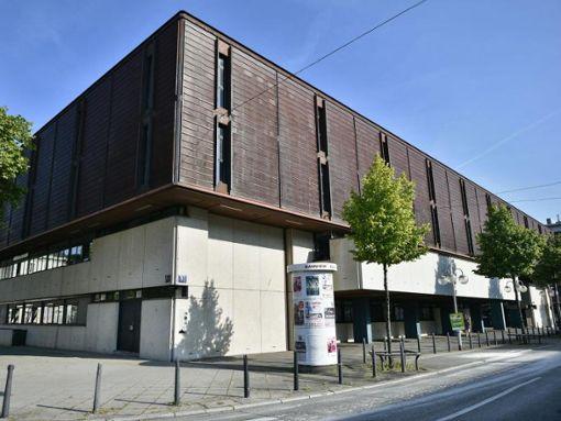 Das Landgericht Mannheim versucht seit dem 11. September zu klären, in welchem Umfang Erhart den Caritasverband Lahr, die Pfarrgemeinde und den Ursulinen-Konvent in Mannheim betrogen hat.  Foto: Uwe Anspach/Archiv/dpa