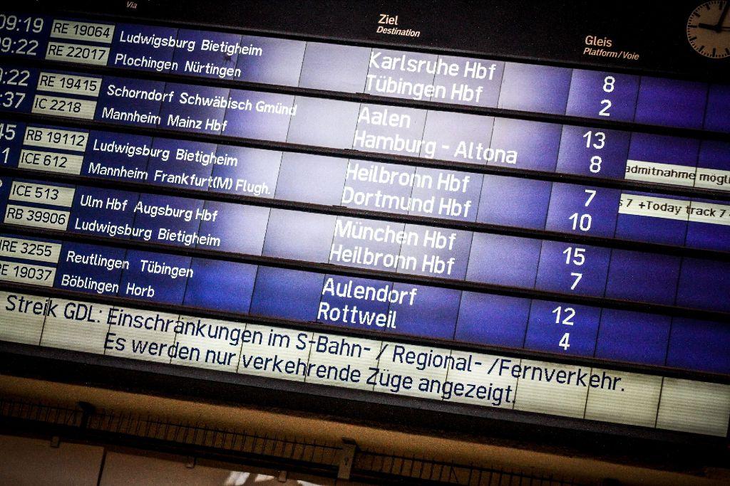 Bahnstreik In Stuttgart So Kommen Sie An Streiktagen Ans