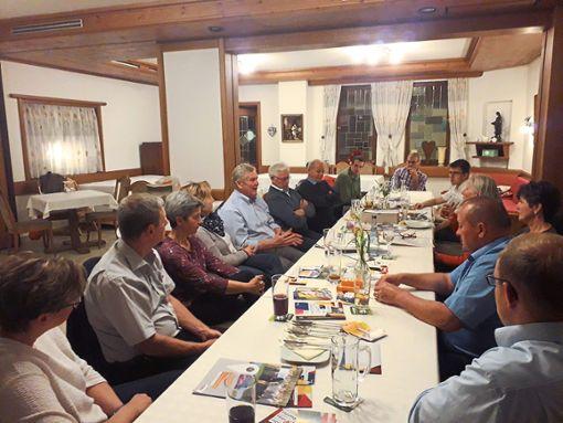 Am Stammtisch besprachen die Bewerber eine ganze Reihe von Themen.  Foto: CDU Foto: Schwarzwälder Bote