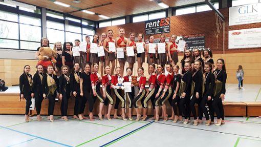 Die Tänzerinnen des TV Truchtelfingen belegten beim Schwaben Cup Dance die förderen Plätze.   Foto: Jetter Foto: Schwarzwälder Bote