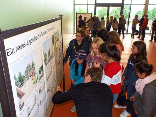 Wie schon bei der Planung des neuen Jugendhauses sollen Balinger Schüler auch in Zukunft bei kommunalpolitischen Projekten mitreden.  Archivfoto: Schnurr Foto: Schwarzwälder Bote