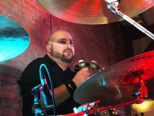 Ausnahmsweise vorne: Drummer Claudio Sisto Foto: Schwarzwälder Bote