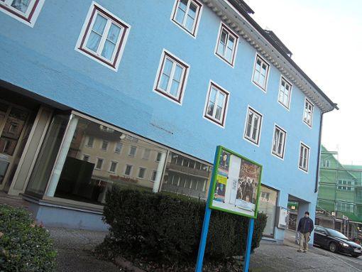 Ab März kommt Leben in die Talstraße 9: Ein Schreibwarenhandel zieht ein.    Foto: Schnekenburger