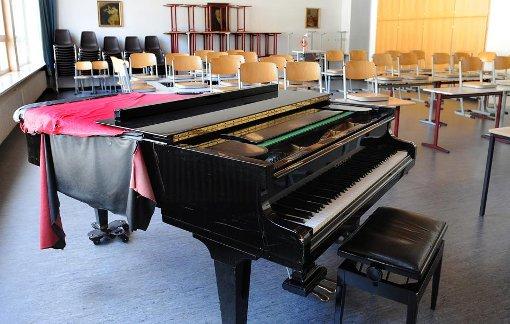 Der große Musiksaal des Martin-Gerbert-Gymnasiums musste vor gut anderthalb Wochen wegen der hohen Formaldehyd-Werte geschlossen werden. Foto: Hopp