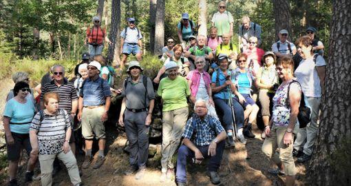 Zwei erlebnisreiche Tage hat diese Gruppe des Schwäbischen Albvereins Ebingen in der Pfalz verbracht.  Foto: Neumayer Foto: Schwarzwälder Bote