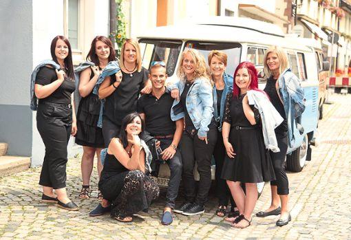Das Team um Michaela Uhl (vorne) freut sich darauf, die Kunden nach dem neuesten Stand auf Naturbasis für Haut und Haare zu beraten.  Foto: Uhl Foto: Schwarzwälder Bote