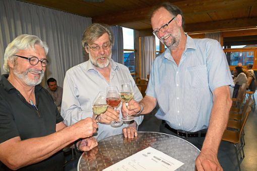 Das Organisationsteam des zweiten Weigheimer Frühlingsfestes gönnte sich eine kleine Pause (von links): Siegfried Koch, Günther Schilling und Reinhold Fischer.   Foto: Bombardi Foto: Schwarzwälder Bote