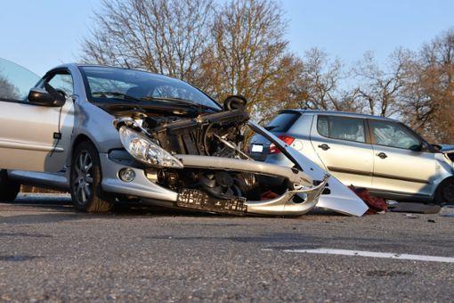 Der Unfallverursacher wurde bei dem Zusammenstoß schwer verletzt. Foto: Jannik Nölke