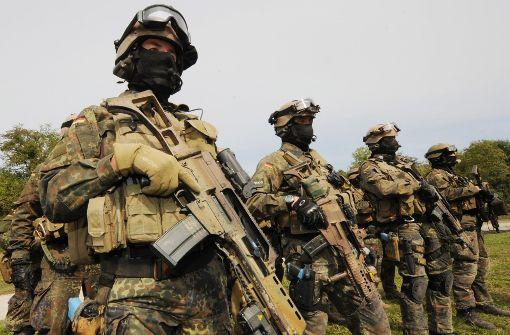 Eine mutmaßliche Zeugin hat schwere Vorwürfe gegen die KSK-Soldaten erhoben. (Symbolbild) Foto: dpa
