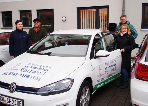 Der Pflegedienst St. Franziskus hat nun ein elektrisches Dienstfahrzeug in seinem Fuhrpark.  Foto: Stiftung Foto: Schwarzwälder Bote