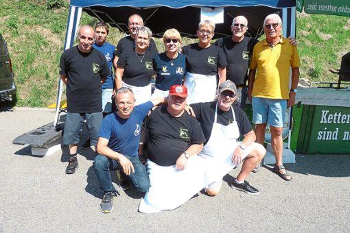 Eine Gruppe der befreundeten Sapeurs Pompiers aus Bischwiller war zu Gast in Hornberg.  Foto: Becker Foto: Schwarzwälder Bote