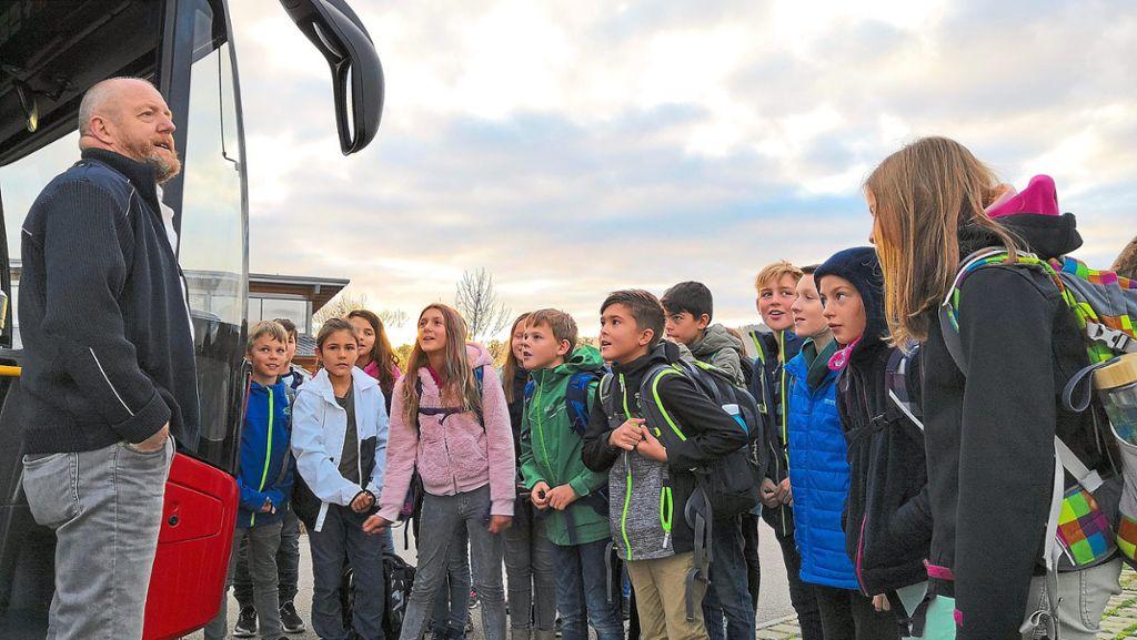 Wildberg: Kinder lernen korrektes Verhalten im Bus - Wildberg - Schwarzwälder Bote