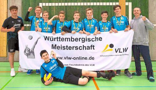 Allen Grund zur Freude hatten die U17-Volleyballer des TSV Rottweil, die mit dem Gewinn der Bronzemedaille bei den württembergischen Meisterschaften überraschten.  Foto: Friedrich Foto: Schwarzwälder Bote