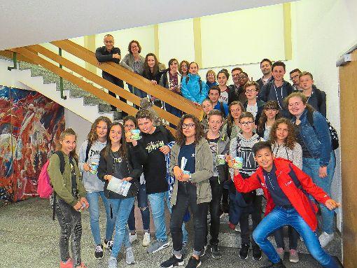 Schüler aus  dem französischen Châtillon-le-Duc sind derzeit in Haigerloch zu Gast. Am Freitag wurden sie im Bürgerhaus von Bürgermeister Heinrich Götz (oben links) empfangen.  Foto: Fechter Foto: Schwarzwälder-Bote