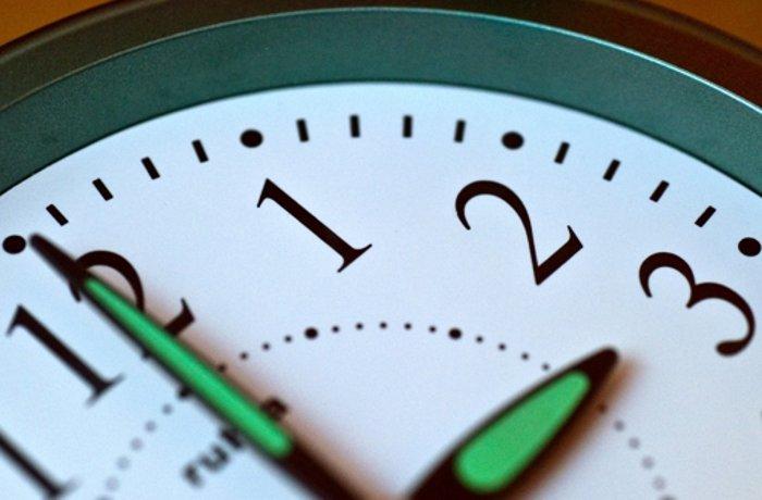 Zeitumstellung: Winterzeit - Stunde vor oder doch zurück