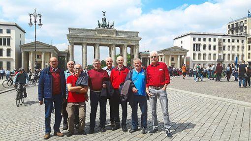 Auch wenn Hoss nicht dabei ist: Der Bonanza-Club lernt Berlin bei Tag und Nacht kennen.   Foto: Bihler Foto: Schwarzwälder Bote