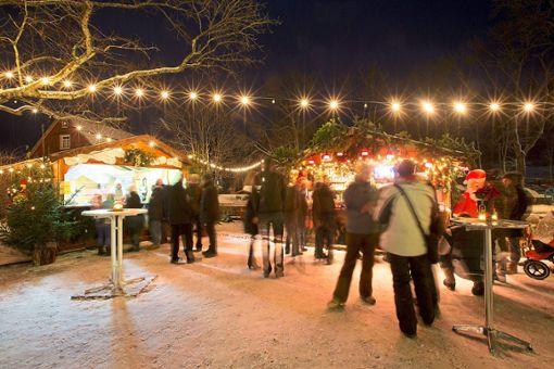 Zum Winterdörfle wird der Baiersbronner Rosenplatz wieder vom 14. bis 16. Dezember.    Foto: Ulrike Klumpp