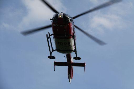 Ein Rettungshubschrauber brachte den schwer verletzten Biker in eine Klinik. (Symbolfoto) Foto: kamera24.tv