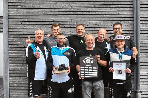 Das Team Duschlampen setzte sich abermals gegen die sechs weiteren Mannschaften durch.   Foto: Wysotzki Foto: Schwarzwälder Bote